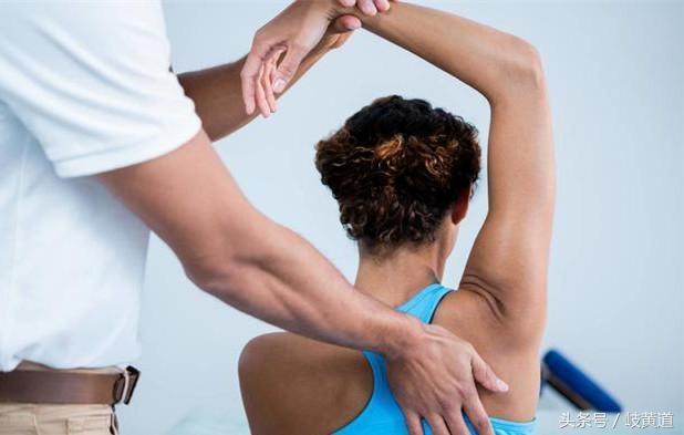 肩周炎疼痛不適。反覆發作?不妨試試這2樣 - 每日頭條