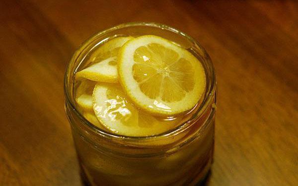 檸檬片泡水。怎樣才不苦? - 每日頭條