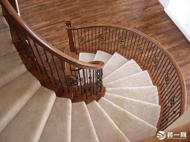 旋轉樓梯最小尺寸是多少?旋轉樓梯尺寸計算公式 - 每日頭條