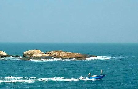 旅遊的小船越飄越遠,直到外伶仃島。 - 每日頭條