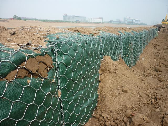 石籠網是一種性價比遠超砌石體結構的新型材料 - 每日頭條