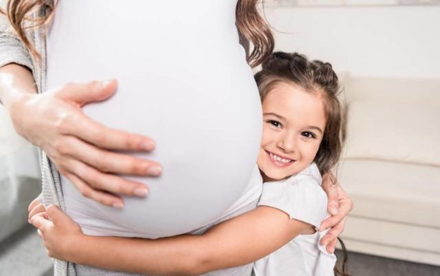 懷孕期間。這幾種食物對胎兒大腦發育有影響。孕媽再喜歡也少吃 - 每日頭條