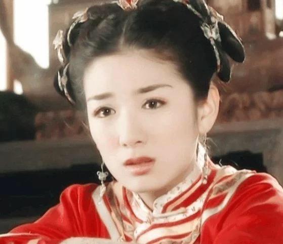 四大經典小燕子,你最喜歡哪一個演的,趙薇黃奕李晟安以軒 - 每日頭條