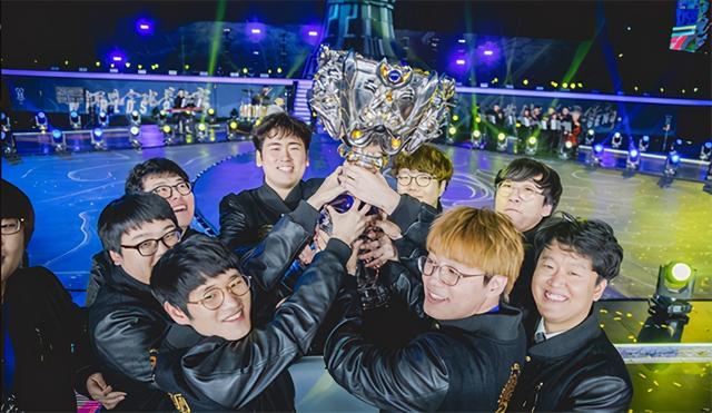 韓國明星金希澈投資戰隊官宣:前三星冠軍監督Edgar加盟 - 每日頭條