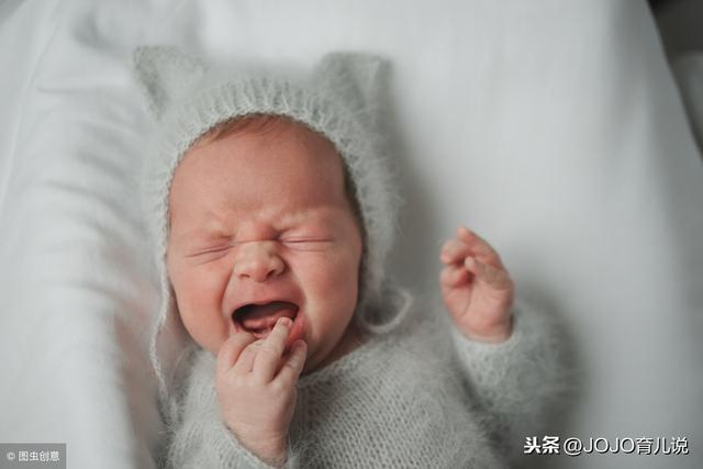 新生兒半小時一次奶好像吃不飽?吃完放床就醒不睡覺?4點別忽視 - 每日頭條