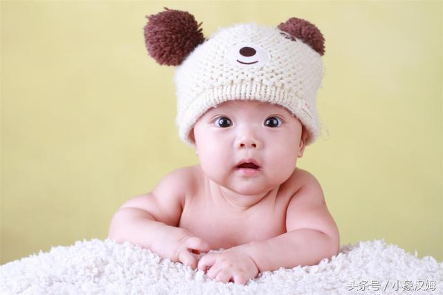 嬰兒受到驚嚇怎麼辦?這幾招新手父母要學會,育兒必備! - 每日頭條