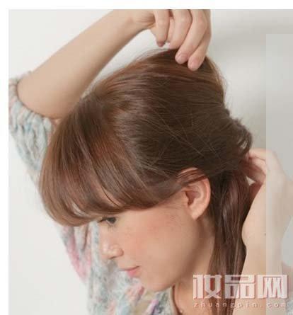 側馬尾怎麼扎最好看?加個漂亮髮飾就完美了 - 每日頭條
