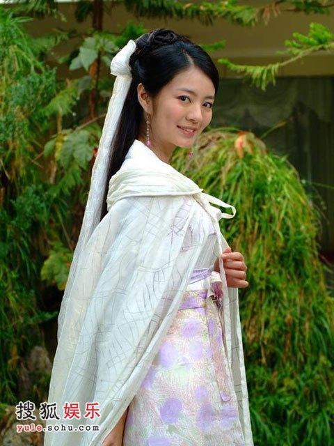 綰青絲――盤點電視劇中那些絲帶為底髮飾 一個簡單的發簪教程 - 每日頭條