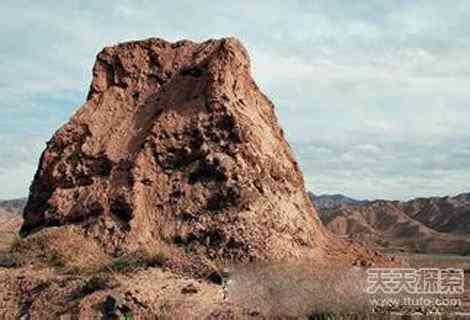 精絕古國中的「九層妖塔」被盜墓者盜毀半數 - 每日頭條