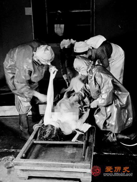 1939年毒氣攻擊民防演習 美女真空上陣洗白白 - 每日頭條