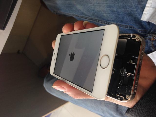 手機出現這些問題。不要去維修店。這些辦法讓你省錢 - 每日頭條