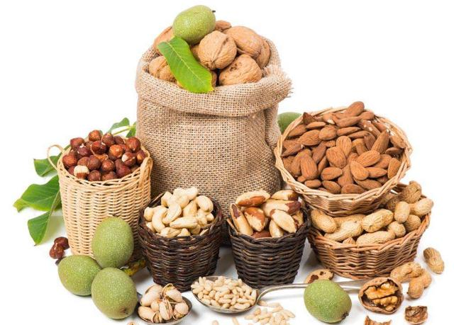 你知道吃堅果的好處和壞處有哪些嗎?什麼人不適合吃堅果? - 每日頭條