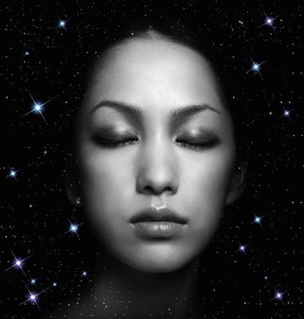 她哺育了香港樂壇三十年,如今雙耳失聰,卻依舊活躍在夢想的舞臺 - 每日頭條