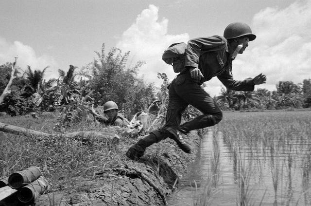 直擊20張殘酷的越戰罕見照,最後兩張讓人無言以對 - 每日頭條