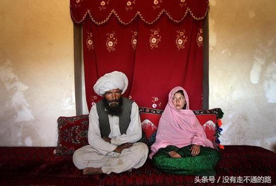 命運多舛的兒童新娘。8歲嫁人10歲離婚! - 每日頭條