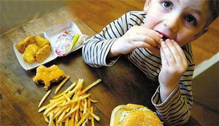 小孩可以吃的健康零食有哪些 小孩亂吃零食的危害有哪些 - 每日頭條