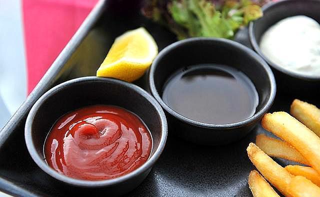 山西人喜歡食用醋。醋的顏色是黑的。這是什麼原因? - 每日頭條
