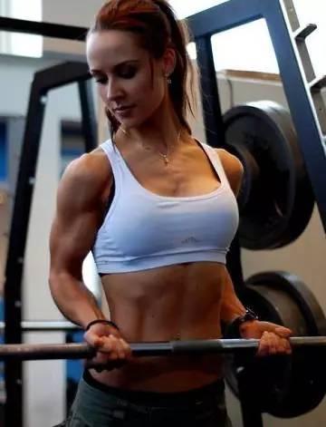 女人減腰上的肉。用這個方法肯定行 - 每日頭條