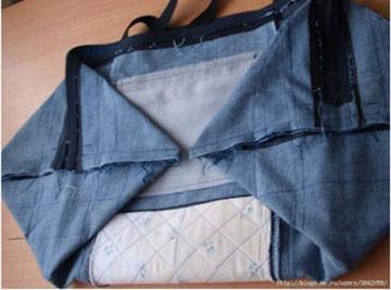 舊牛仔褲不穿別扔掉。這樣改造成包包。簡直實用的不得了! - 每日頭條