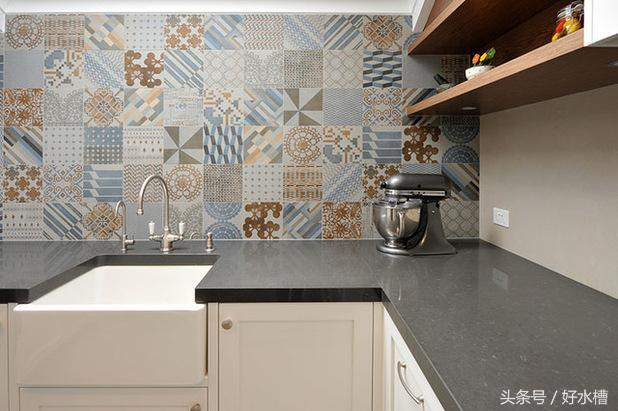 kitchen sink farmhouse slice rugs mats 有关农舍水槽你应该了解的一切 每日头条 农舍水槽为厨房增添一种怀旧的情调 带来一种质朴的感觉 增强展示这个国家厨房的传统风格 把你的白色陶瓷农舍水槽和一个美丽传统风格的水龙头搭配在一起 其中许多都