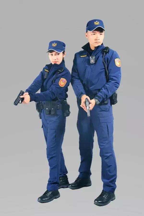 臺灣警察最新款制服曝光 設計更加合理 - 每日頭條