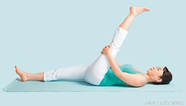 大腿肌肉沒力氣容易生殖系統出問題!堅持每天劈腿10分鐘! - 每日頭條