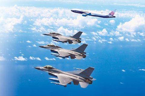 臺軍將用6年升級F-16戰機 稱可匹敵解放軍殲20 - 每日頭條