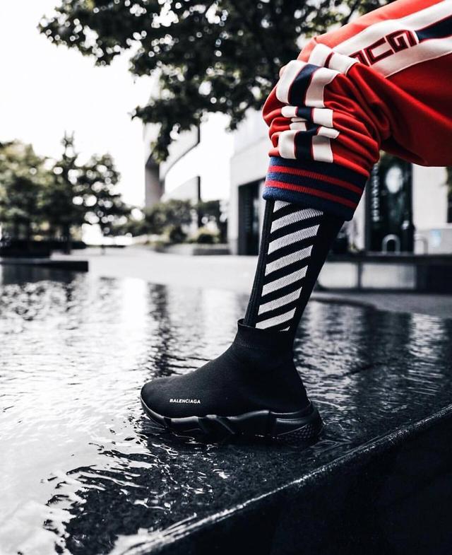 丑鞋變成潮流,「老爹鞋」打開2018新時尚!