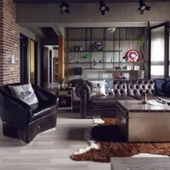 Metal Kitchen Table Sets Apartment Size Appliances 设计赏析 电影少年的超级英雄之家 每日头条 厨房的餐桌由金属制成 底下的桌腿竟然是做成滚轮的 餐桌上方的吊灯 凳子都实打实透露着主人的男性气质
