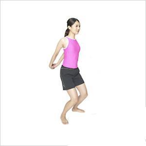 骨盆操矯正體姿 瘦腰豐胸一步到位 - 每日頭條