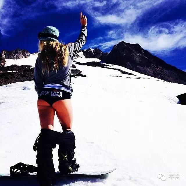 滑雪服,單板滑雪服的穿搭指南 滑雪服該怎麼穿! - 每日頭條