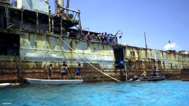 俄專家:中國可借勢炸毀「坐灘」仁愛礁19年的菲軍艦 - 每日頭條