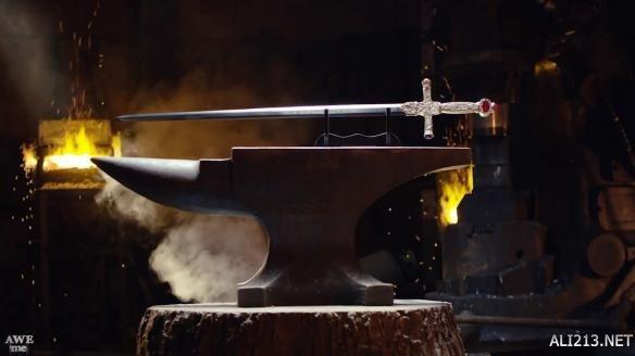 武器人間鍛造《哈利·波特》格蘭芬多之劍 華麗驚艷 - 每日頭條