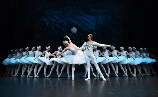 聖彼得堡芭蕾舞團在倫敦演出 - 每日頭條