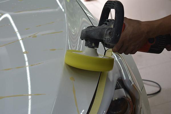 汽車漆面什麼情況需要拋光。漆面拋光有沒有次數限制? - 每日頭條