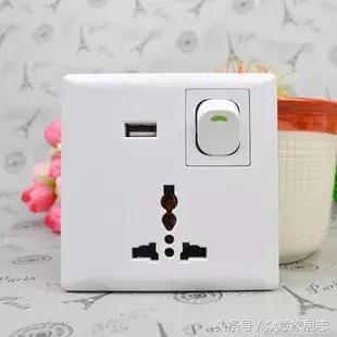 顏值與實力並存的插座。帶你告別到處遷插線板的「盤絲洞」時代! - 每日頭條