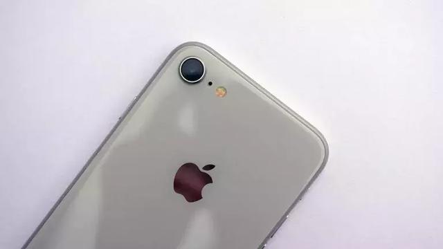 不止 iPhone SE 2。這些蘋果新品也即將登場 - 每日頭條