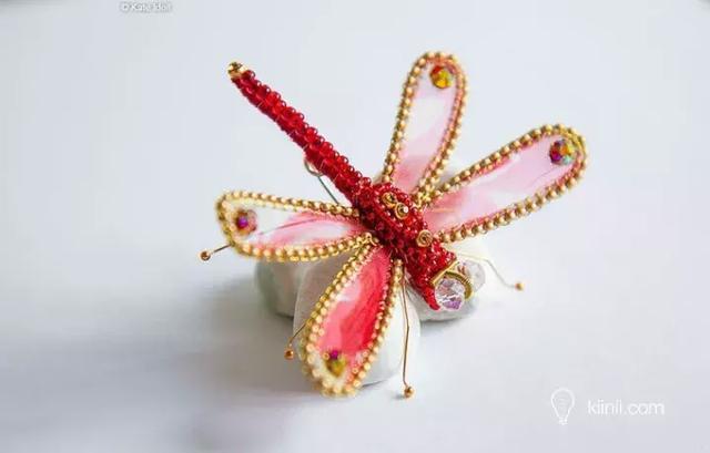 珠繡胸針,那麼高端大氣的手工藝,你也可以擁有~ - 每日頭條