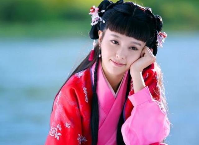 唐嫣最美四種古裝扮相。貌美如花國色天香。唇紅齒白美上天 - 每日頭條