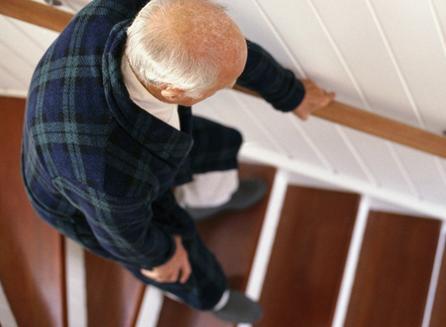 骨關節老化不可逆。治療疼痛有什麼好方法? - 每日頭條