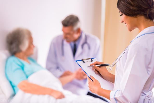 腦出血導致發燒、抽搐?這些癥狀是否會影響到患者的生命狀態 - 每日頭條