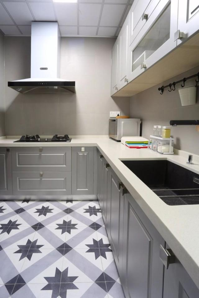 best kitchen cabinets hape 装修时 厨柜最好这样设计 每日头条 做饭有规定的流程 主要就是洗切炒盛 你的橱柜设计最好按照这个顺序来 这样你干起活来更方便利落 如果让水池和灶具直接相邻 操作不方便不说 还可能有危险哦