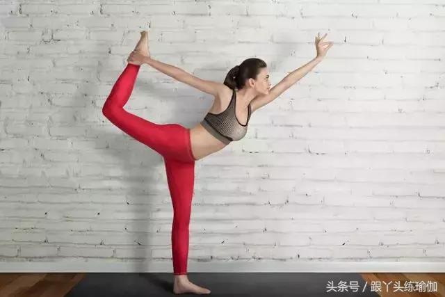 瑜伽墊並不是越大越好!不同身高選擇瑜伽墊小技巧 - 每日頭條