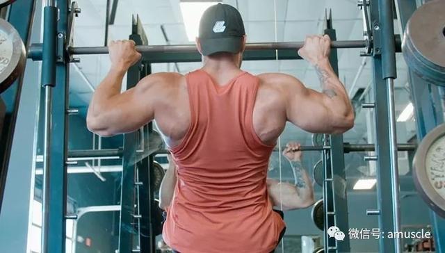 你都在用什麼練背?決定了你的健身水平高低 - 每日頭條