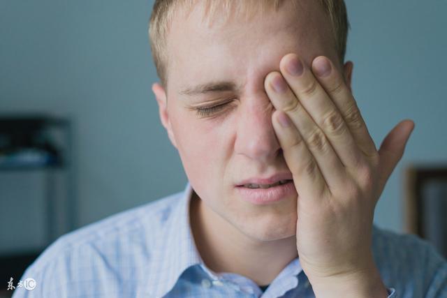 健康說:合谷穴適合艾灸還是按揉?感冒鼻塞能灸嗎? - 每日頭條