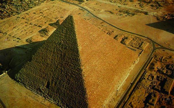 胡夫金字塔未解之謎,胡夫金字塔建造用多久? - 每日頭條