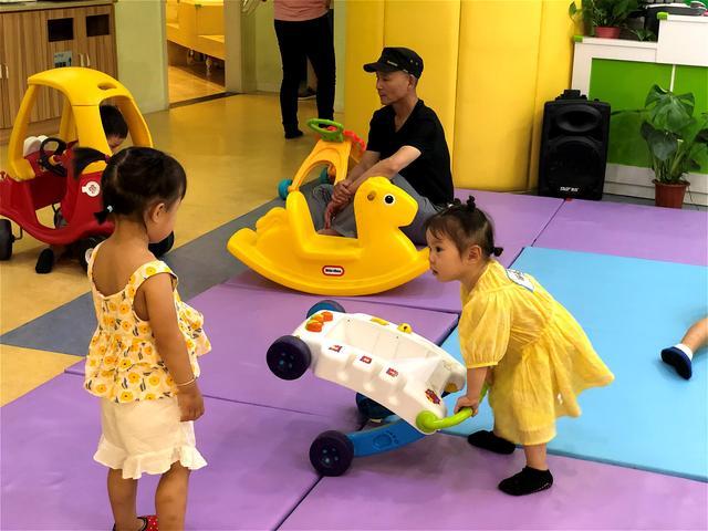 想開一家早教中心。要怎麼開呢。選擇幼兒早教加盟好嗎? - 每日頭條