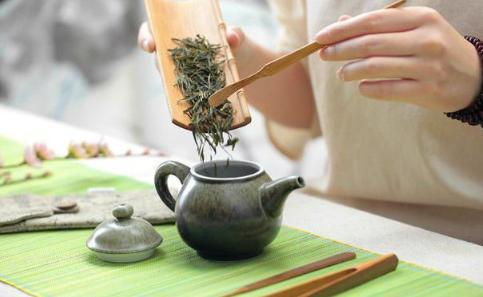 泡茶第一遍要倒掉嗎 泡茶第一次的水為什麼倒掉 - 每日頭條