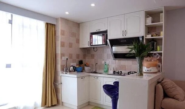 compact kitchens soup kitchen volunteer denver 紧凑型厨房如何设计 小厨房怎样设计更好 每日头条 厨房一直家庭装修非常重要的部分 如何合理的设计厨房成为设计师需要思考的主要问题 尤其是紧凑型的小户型厨房 因为空间有局限性 因此更需要注重设计感