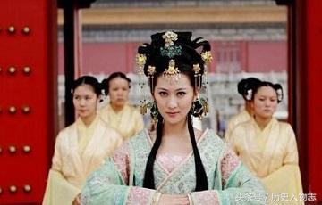 盤點中國歷史上操控皇帝,權傾後宮的三大「奶媽」! - 每日頭條